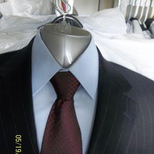 Soto33-25- Jos A Bank 2Btn Dk Blue Pinstripe Suit
